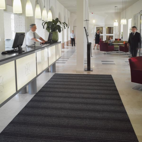 classic-stripe-entrance-mat-inside-building