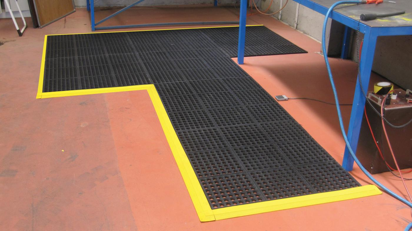 Interlocking rubber-tiles-with-holes