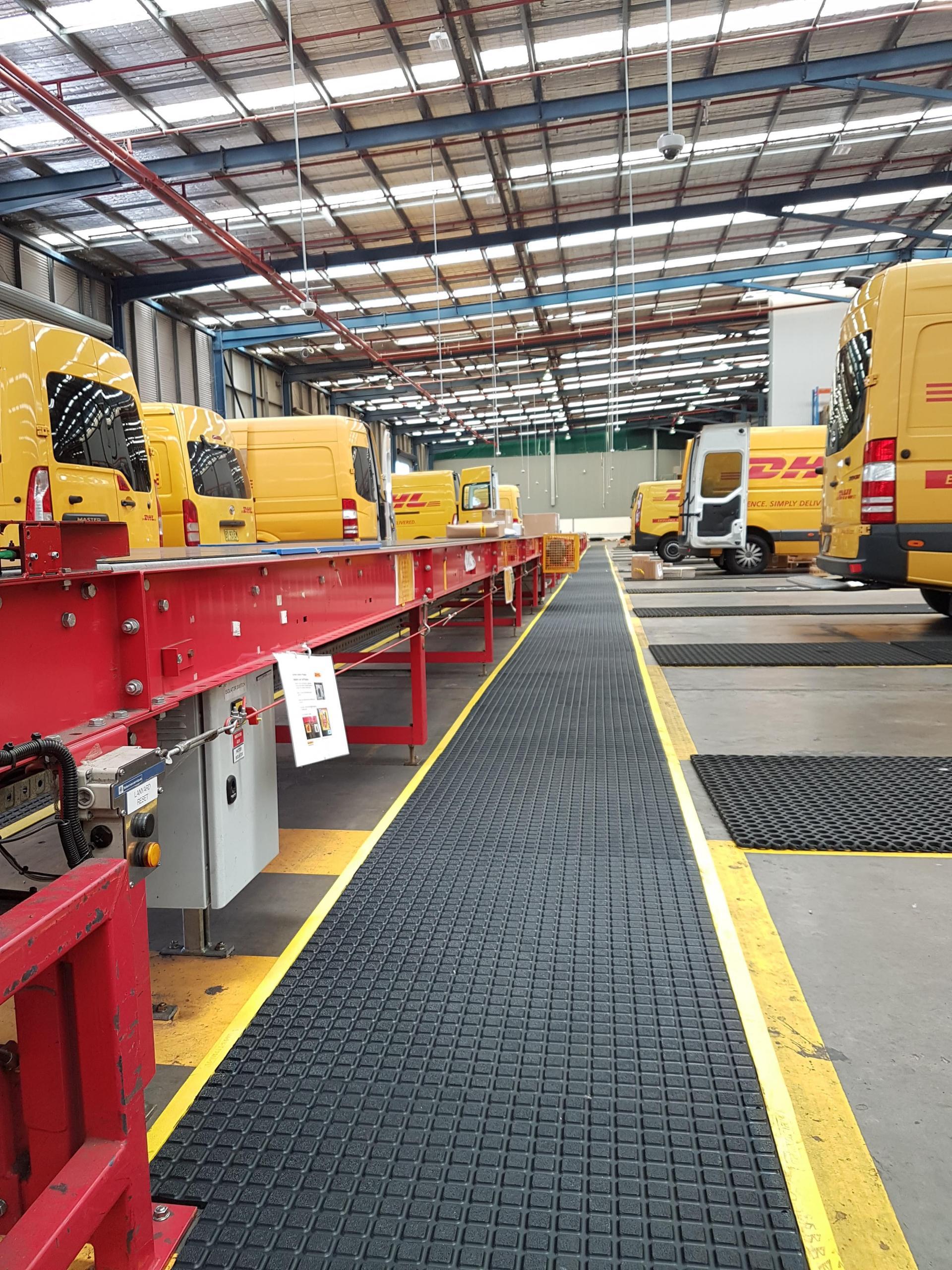 Air Grid mats DHL Express